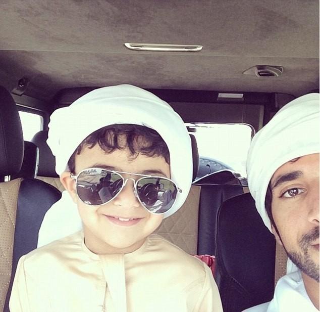 Cuộc sống giàu sang của 'dân chơi nhí' Dubai - ảnh 4