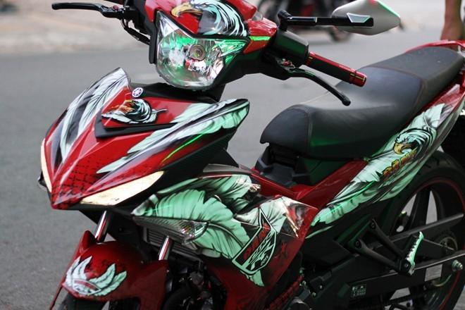Lóa mắt với Exciter 150 phong cách chim ưng của biker Sài Gòn - ảnh 1
