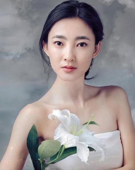 Nhan sắc 'Mỹ nhân mặt mộc đẹp nhất Trung Quốc' - ảnh 7