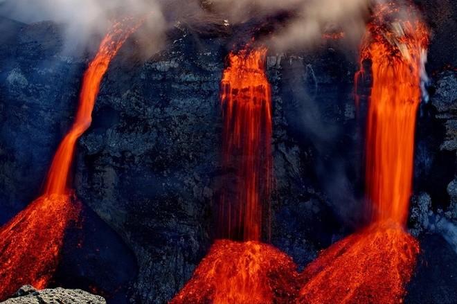 Đam mê săn đuổi cơn cuồng nộ của núi lửa - ảnh 6