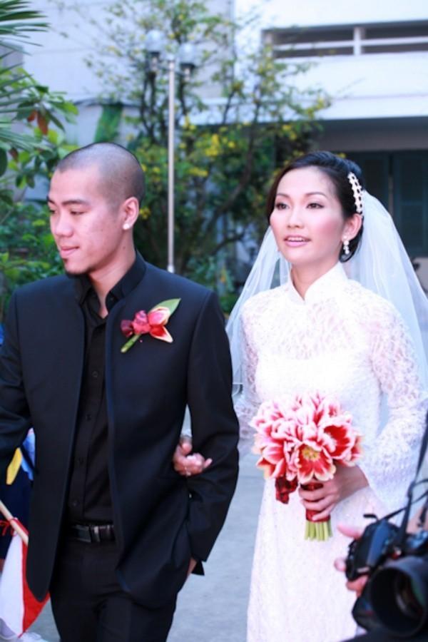 Những cuộc hôn nhân ngắn chẳng tày gang của sao Việt - ảnh 5