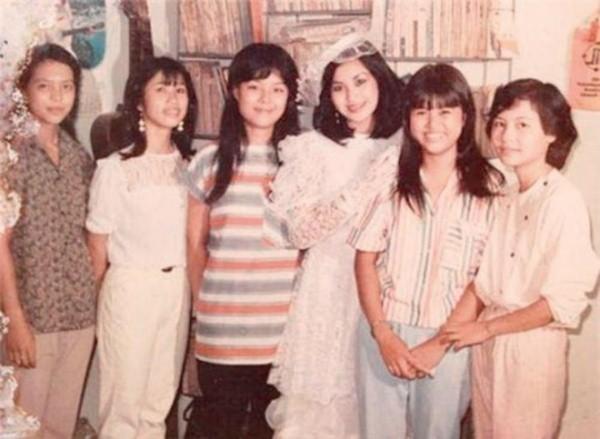 Những cuộc hôn nhân ngắn chẳng tày gang của sao Việt - ảnh 3