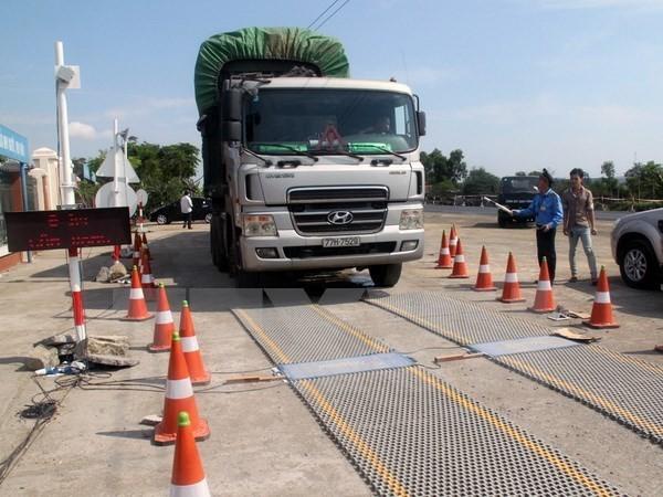 Xe tải cỡ lớn Trung Quốc tăng trưởng nóng ở Việt Nam - ảnh 1