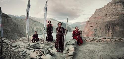 Lạ kỳ bộ tộc anh em lấy chung vợ ở Tây Tạng - ảnh 1