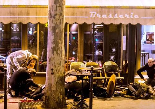 Bên trong vụ khủng bố Paris - Kỳ 1: Ba chiếc xe thuê - ảnh 1