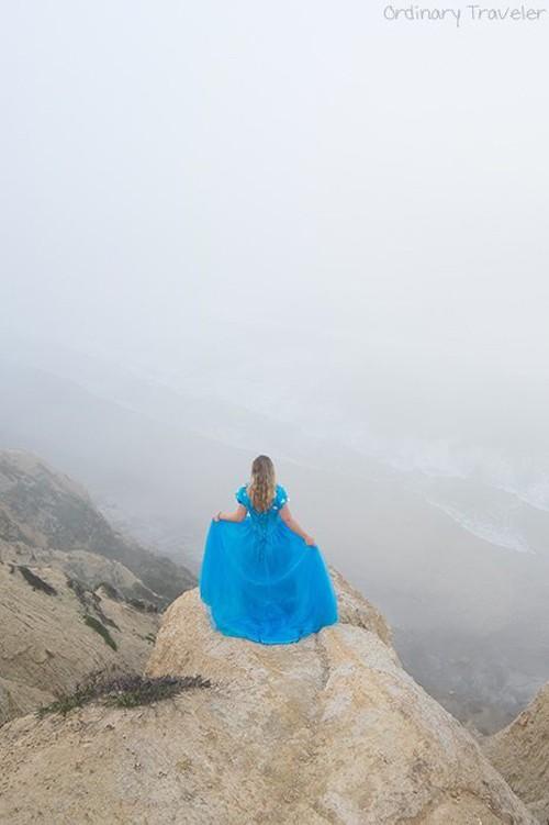 Nữ phượt thủ mặc váy Lọ lem đi khắp thế giới - ảnh 8