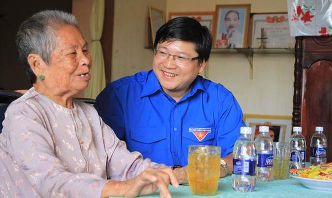 Trung ương Đoàn tri ân các Mẹ Việt Nam Anh hùng huyện Hóc Môn - ảnh 2
