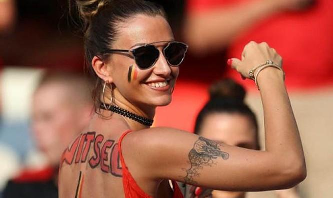 Bạn gái tuyển thủ Bỉ gây sốt với màn cổ vũ chịu chơi - ảnh 4