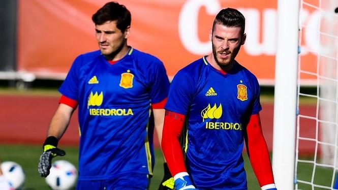 Đội tuyển Tây Ban Nha bị loại vì… Casillas? - ảnh 1