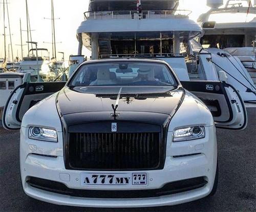 Hội con nhà giàu Nga và thú vui khoe siêu xe - ảnh 15