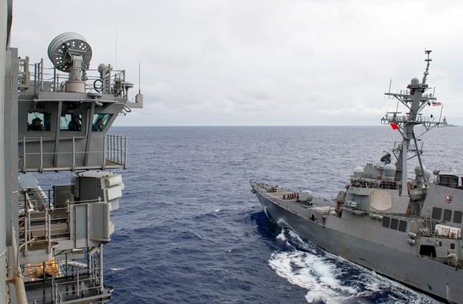 Mục kích tên lửa của Hải quân Mỹ khai hỏa trên biển - ảnh 11