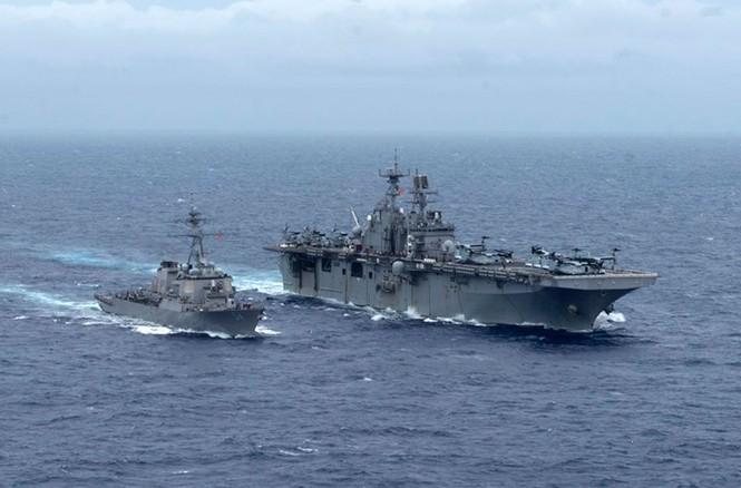 Mục kích tên lửa của Hải quân Mỹ khai hỏa trên biển - ảnh 8