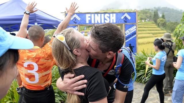 Đại sứ Anh băng núi 70km tại giải chạy việt dã ở Sapa - ảnh 18