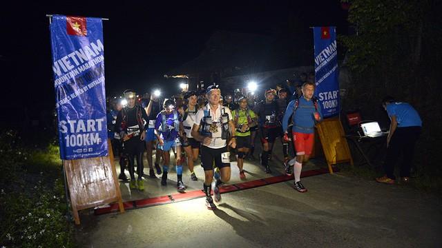 Đại sứ Anh băng núi 70km tại giải chạy việt dã ở Sapa - ảnh 2