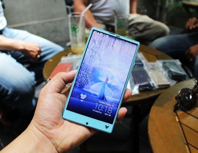 Chơi điện thoại Nhật cổ tại Sài Gòn - ảnh 8