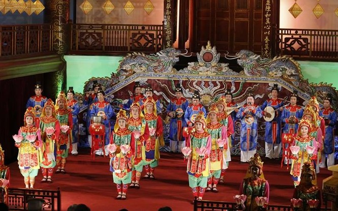 [VIDEO] Nhật hoàng và Hoàng hậu thưởng thức Nhã nhạc Cung đình Huế - ảnh 9