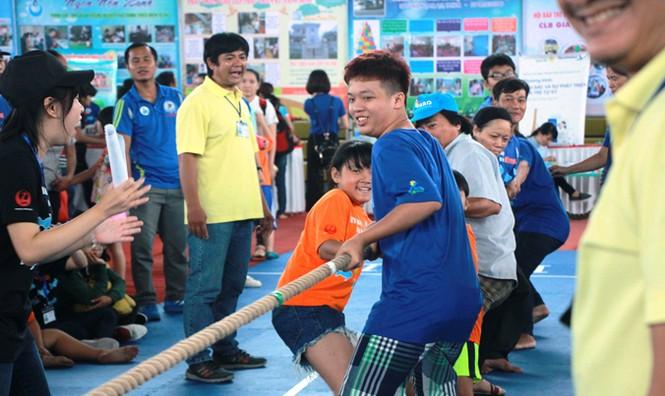 Bạn nhỏ tự kỷ và phụ huynh sôi nổi trong ngày hội thể thao thân thiện - ảnh 8