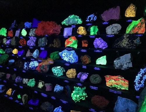 Kỳ ảo bảo tàng đá đẹp mê hồn dưới lòng đất - ảnh 2