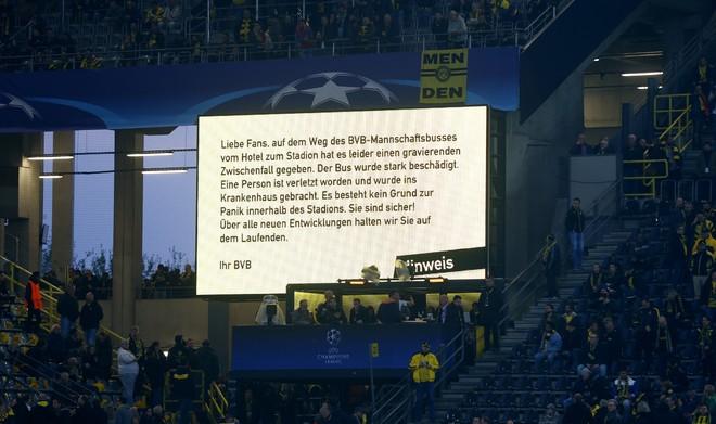 Không khí lo lắng bao trùm Dortmund sau vụ đánh bom - ảnh 11