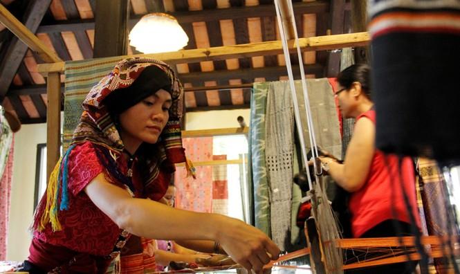 Khai mạc Festival tơ lụa, thổ cẩm Việt Nam – châu Á - ảnh 2