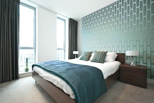 Phòng ngủ nổi bật cho nhà phố hẹp nhờ biến tấu cổ điển và cây xanh - ảnh 6