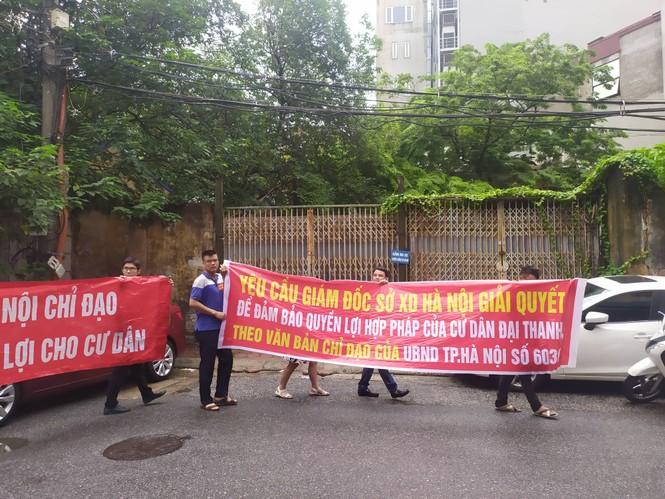 Hà Nội đối thoại với cư dân mua nhà của 'đại gia điếu cày' - ảnh 3