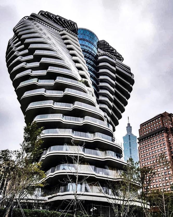 Choáng với tòa nhà kỳ lạ như trong phim viễn tưởng - ảnh 5