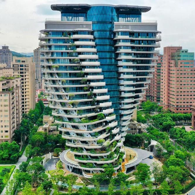 Choáng với tòa nhà kỳ lạ như trong phim viễn tưởng - ảnh 6