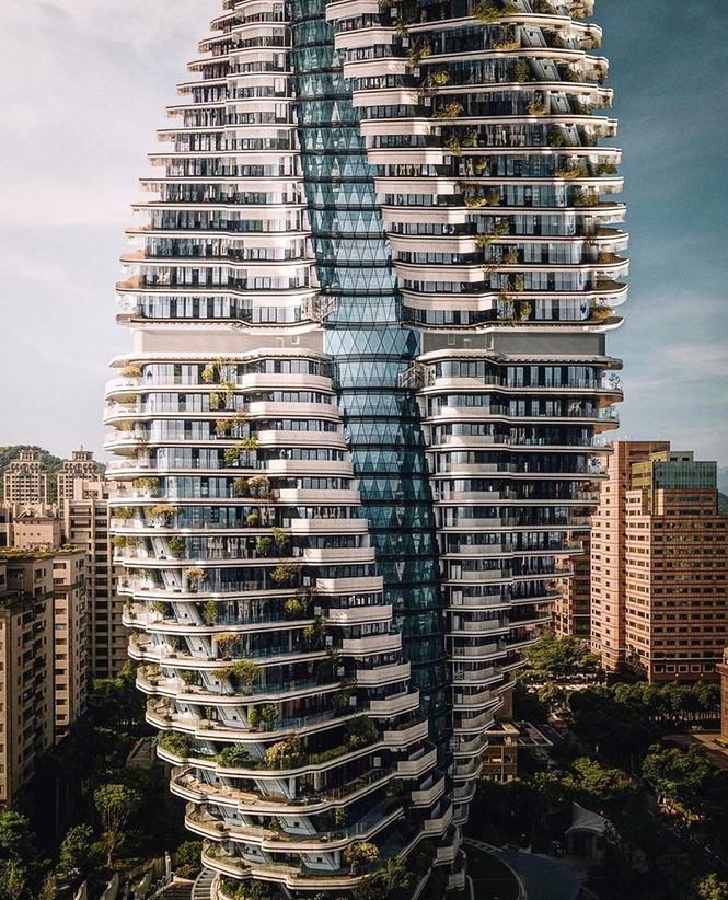 Choáng với tòa nhà kỳ lạ như trong phim viễn tưởng - ảnh 7