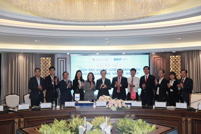 Tập đoàn FLC và Agribank hợp tác chiến lược phát triển toàn diện - ảnh 3