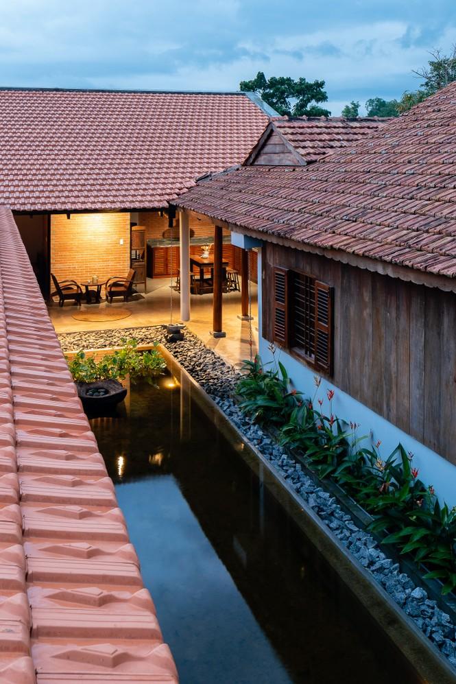 Ngôi nhà truyền thống Nam Bộ đẹp mê mẩn trên báo Tây - ảnh 10
