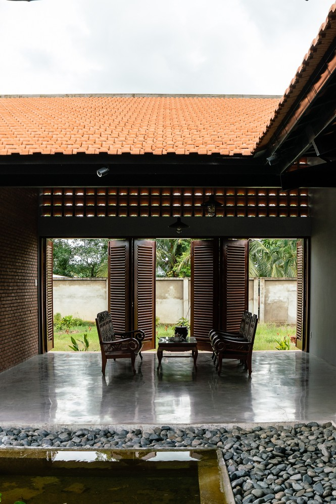Ngôi nhà truyền thống Nam Bộ đẹp mê mẩn trên báo Tây - ảnh 6