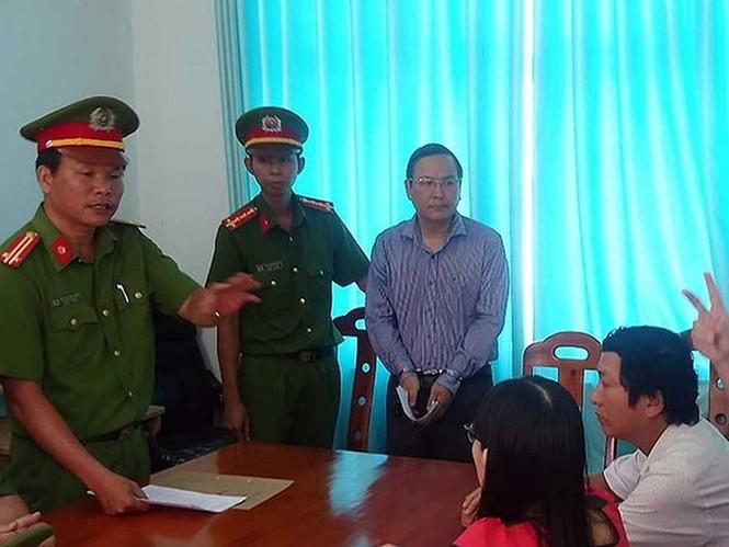 Giáng chức phó giám đốc Sở Tài nguyên tỉnh Bình Thuận - ảnh 2