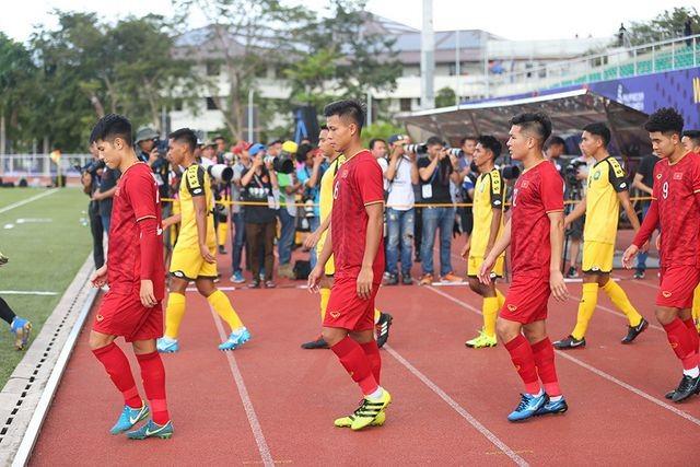 HLV Park Hang Seo phát hiện U22 Brunei tráo người - ảnh 1