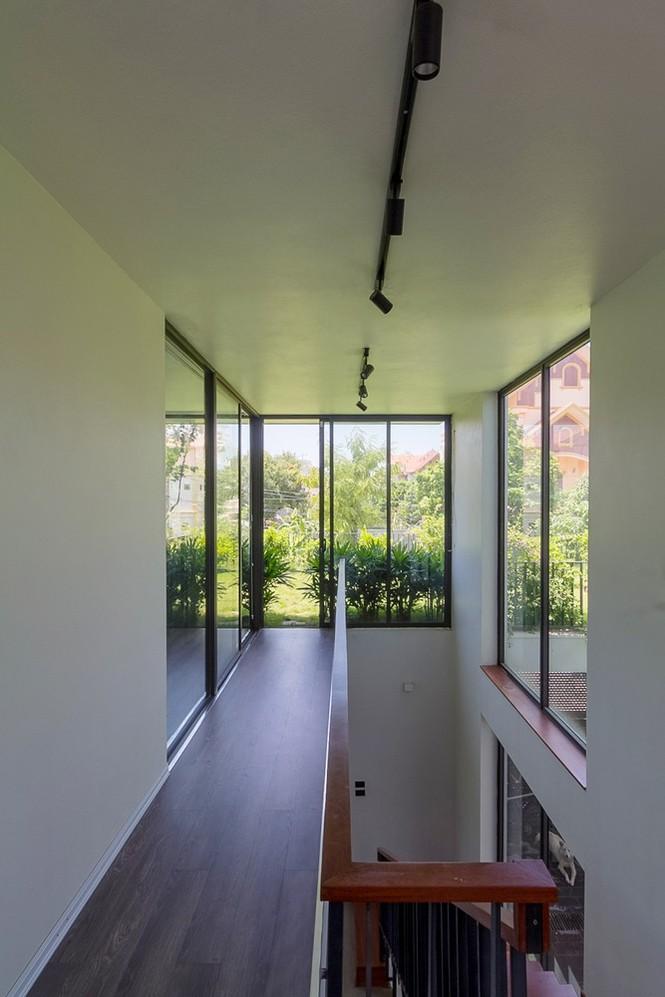 Mê mẩn ngôi nhà 3 tầng đan xen khu vườn xanh mướt - ảnh 7