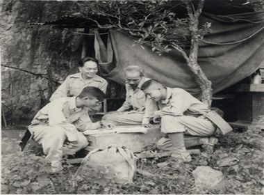 Những hình ảnh đặc biệt về Người Anh Cả của Quân đội, Đại tướng của nhân dân - ảnh 6