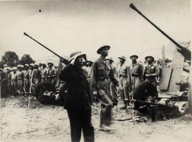 Những hình ảnh đặc biệt về Người Anh Cả của Quân đội, Đại tướng của nhân dân - ảnh 8