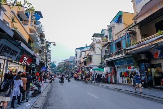 Biệt thự nức tiếng Hàng Đào: Rộng 200m2, trả trăm tỷ không bán - ảnh 1