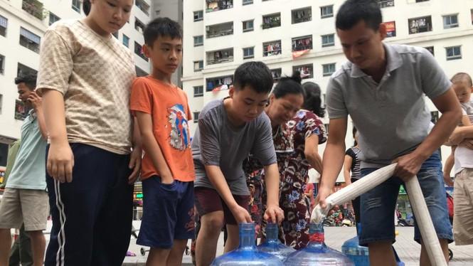 Chủ tịch Hà Nội yêu cầu không để hộ dân nào mất nước sạch dịp Tết  - ảnh 1