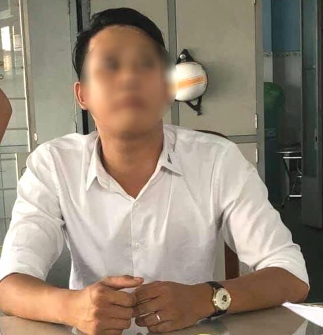 Điều dưỡng bệnh viện bị bắt vì sàm sỡ phụ nữ giữa đường - ảnh 1