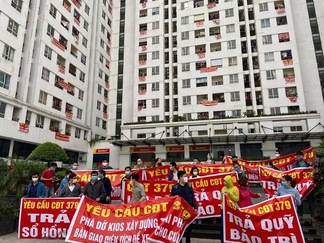Lộ lý do nhiều chủ đầu tư chung cư Hà Nội 'treo' sổ hồng của cư dân - ảnh 2