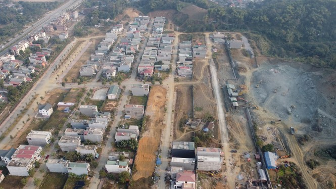 Bàn giao sổ hồng cho cư dân dự án Kosy Mountain View Lào Cai - ảnh 1