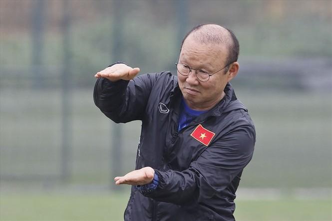 HLV Park Hang Seo chỉ ra cầu thủ nguy hiểm nhất bên phía Thái Lan - ảnh 1