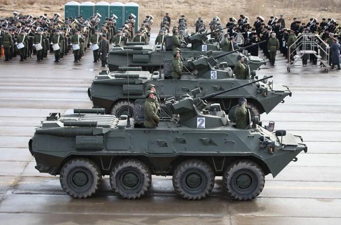 Nga phô trương vũ khí cho Ngày chiến thắng - ảnh 2