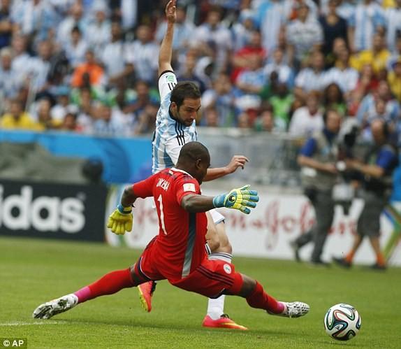 Argentina - Nigeria (3-2): Bão lốc Albicelestes - ảnh 9