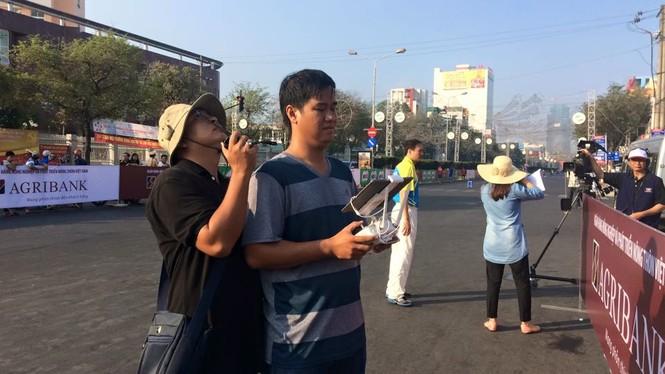 Dùng flycam tác nghiệp tại Việt dã Tiền Phong 2016 - ảnh 5