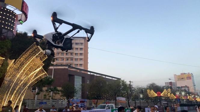 Dùng flycam tác nghiệp tại Việt dã Tiền Phong 2016 - ảnh 3