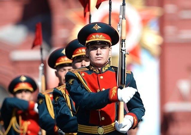 Hùng tráng lễ duyệt binh mừng Ngày Chiến thắng ở Nga - ảnh 17