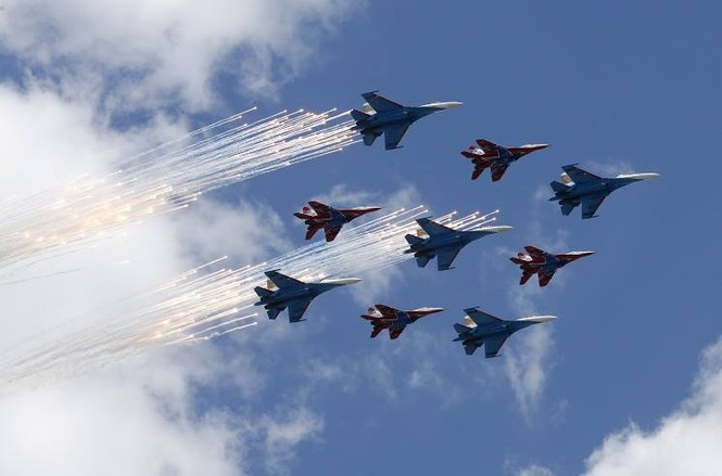 Hùng tráng lễ duyệt binh mừng Ngày Chiến thắng ở Nga - ảnh 34