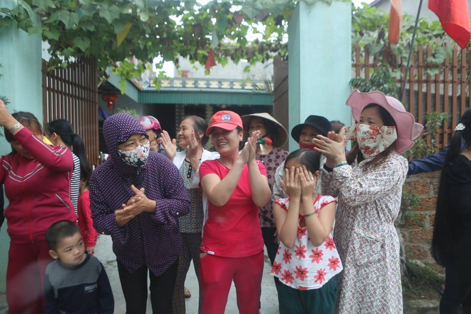 Toàn cảnh cuộc đối thoại giữa Chủ tịch Hà Nội và người dân Đồng Tâm - ảnh 2